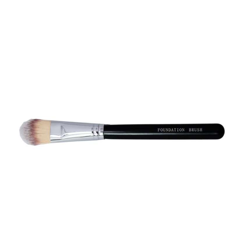 Inchis Foundation Brush