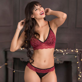 f16f157d09b Clovia Lace Non-Padded Non-Wired Caged Back Bralette   Bikini Panty - Maroon