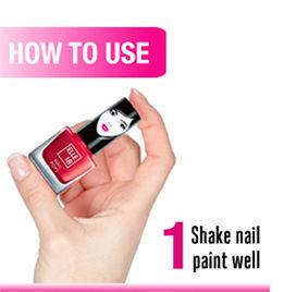 Shake nail paint well
